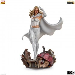 Marvel Comics: Emma Frost -...