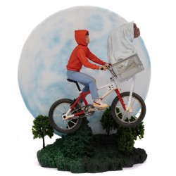 E.T. the Extra-Terrestrial:...